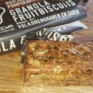 granola fruitbiscuits